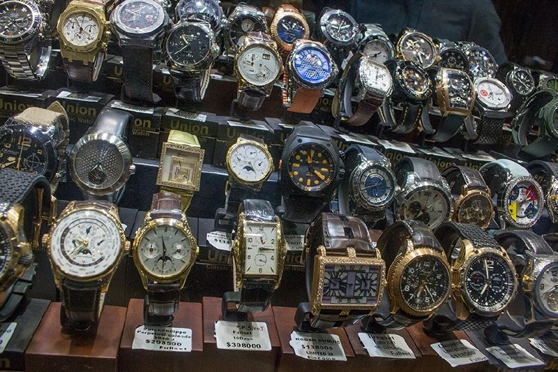 Vintage Wristwatches in Hong Kong